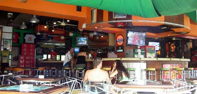 stadium cafe liburan bali 2